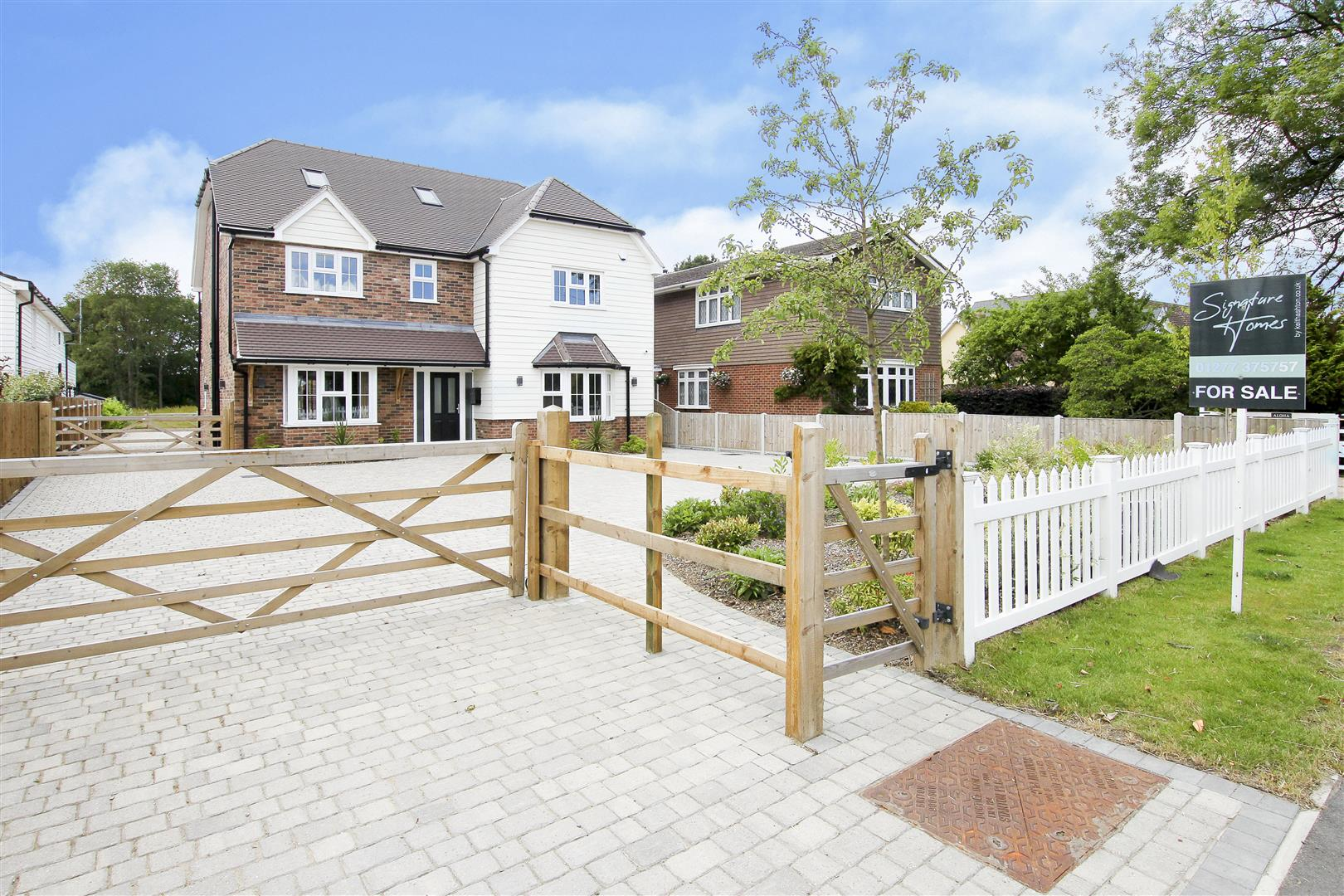 Wyatts Green, Brentwood –  Keith Ashton Signature Home